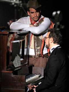 Aleks Syntek y Cantinflas