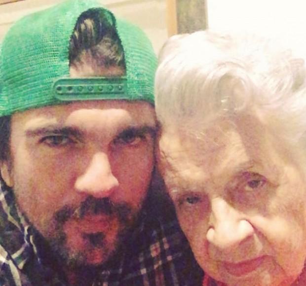 Juanes y su madre