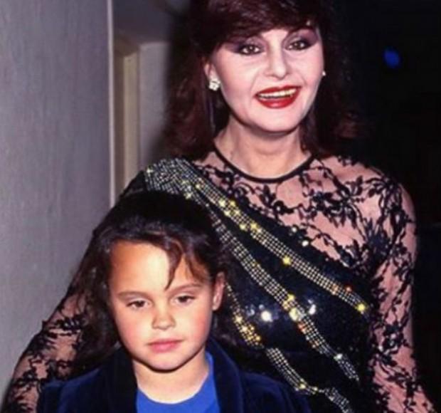 Shaila Dúrcal y su madre