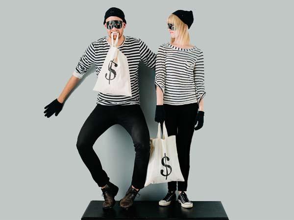Me roba dinero de la cartera - 1 part 6
