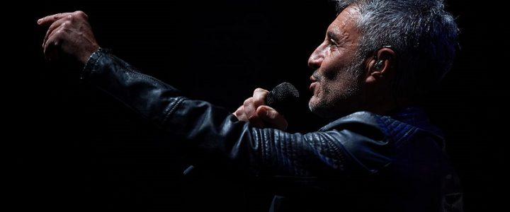 Sergio Dalma cantando Valencia