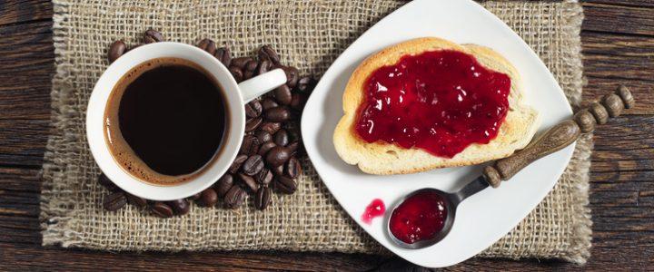 calorias desayuno cafe y tostada