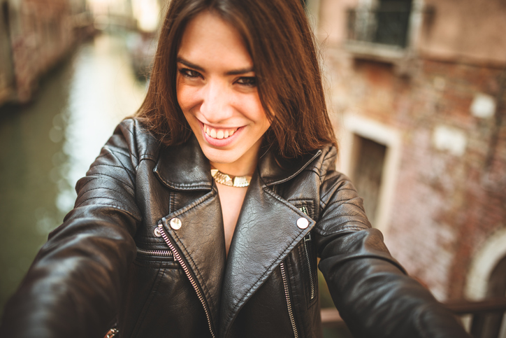 Hacerse selfies las pone a mil - 1 part 5