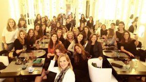 Mujeres que comen
