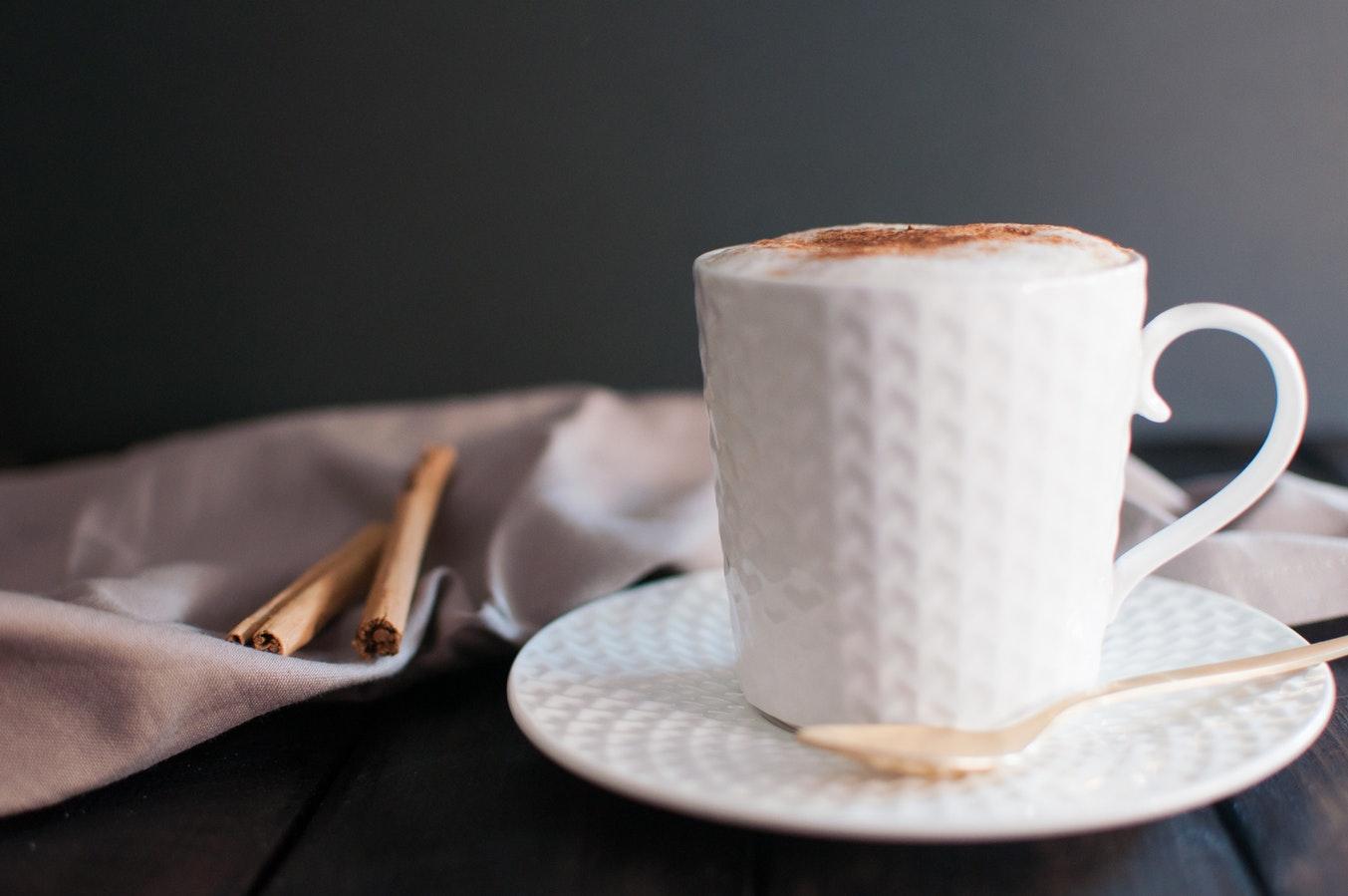 puedo perder peso solo tomando café