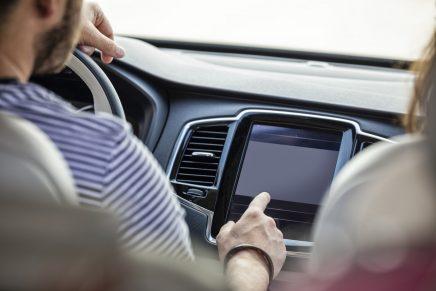 pantalla del coche sin cds
