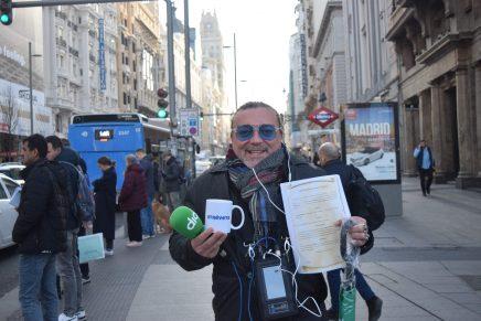 Isidro Montalvo negocia para que un taxi ponga Cadena Dial un año entero