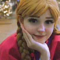 La iniciativa de una atrevida disfrazada de Anna de Frozen
