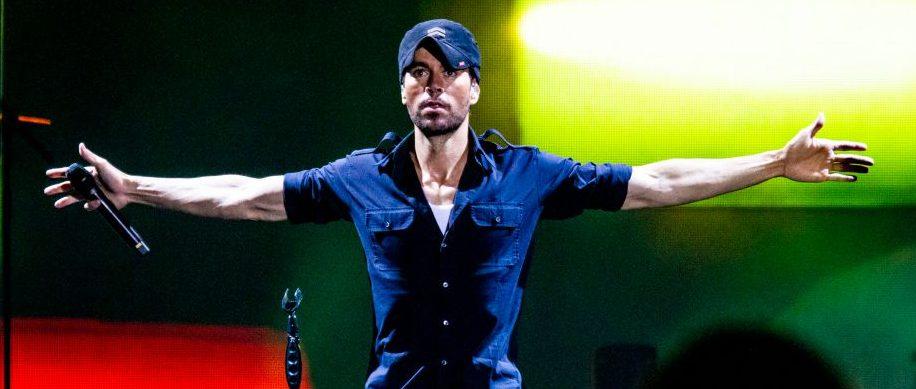 Enrique Iglesias Performs In Milan