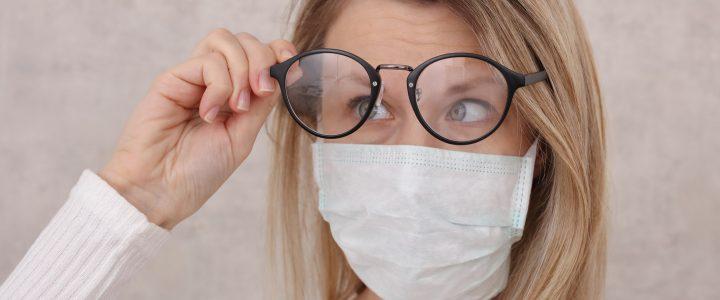 Tres trucos sencillos para usar gafas con mascarilla