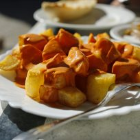 La receta de patatas bravas perfecta para nuestros oyentes