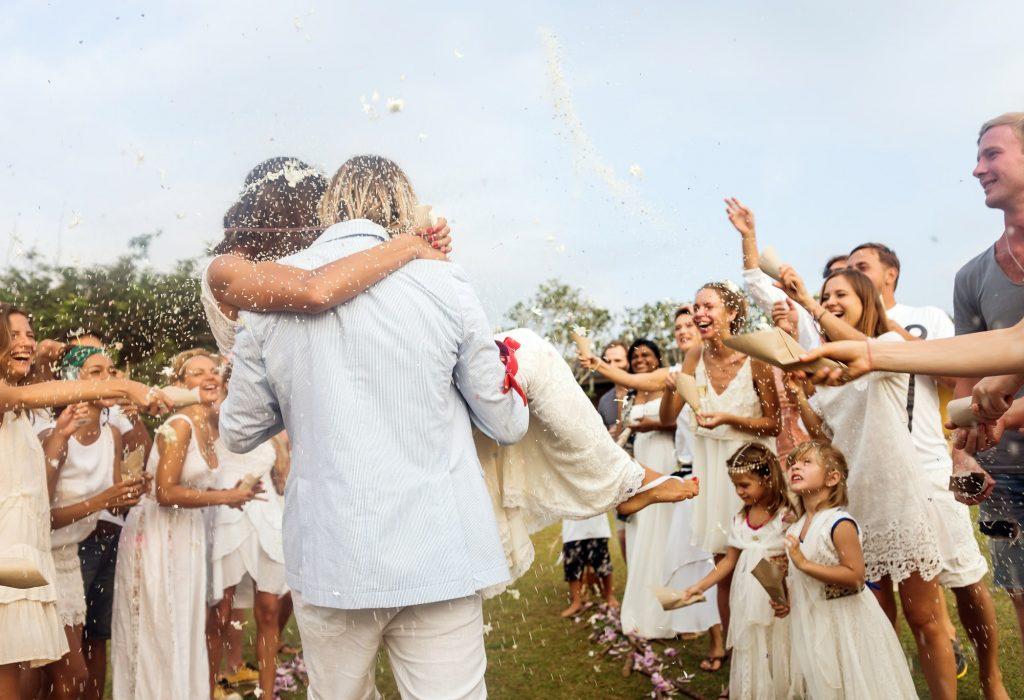 """Eva y Qué bromea sobre las nuevas bodas """"post-cuarentena"""""""