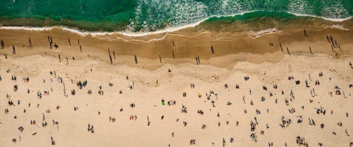 playa verano gente