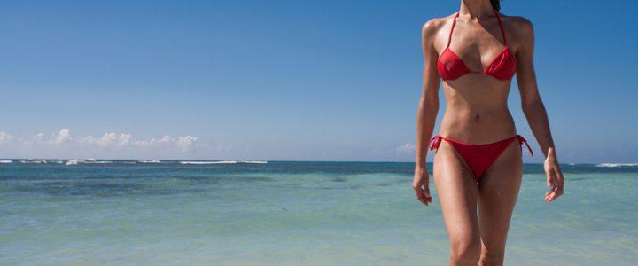 chica en bikini