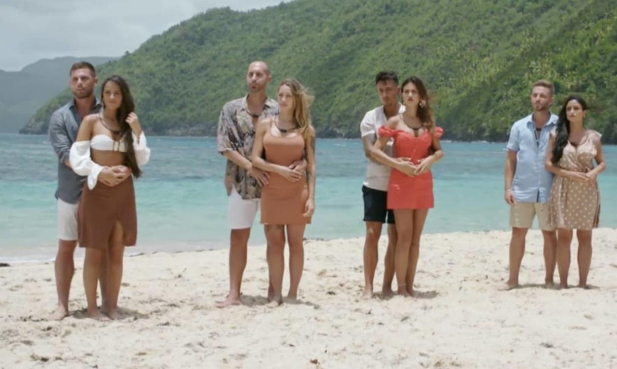 Las parejas concursantes en La isla de las tentaciones