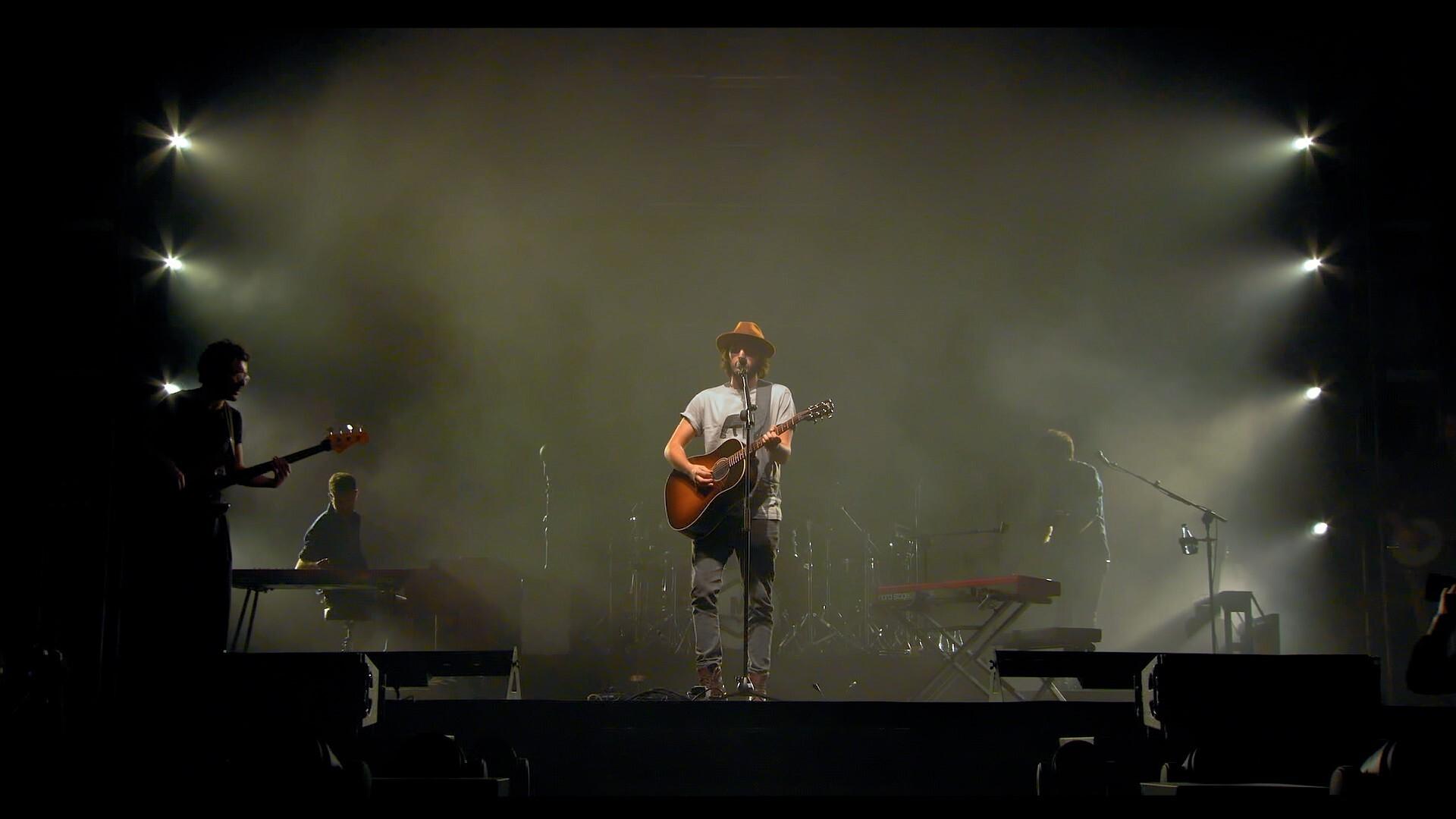 Juan Pablo Isaza en concierto Morat