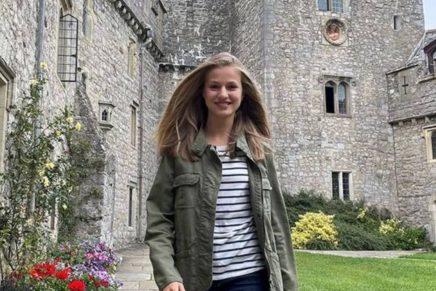 Leonor en su colegio de Gales